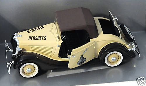 Solido Ford Roadster Diecast Car 1 19 from France