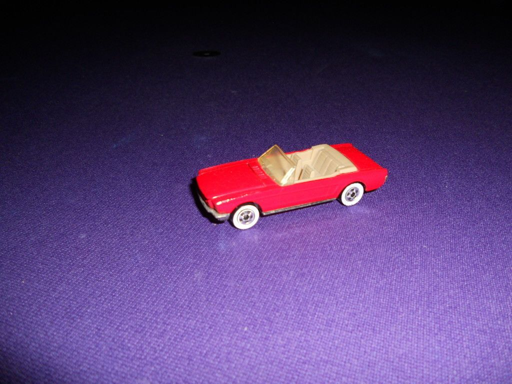 Hot Wheels 1965 Ford Mustang Convertible Vintage 1980s